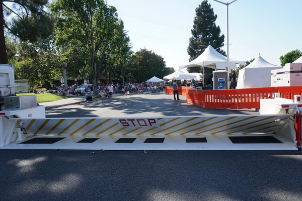 Crowd Protection and Portable Barriers | Delta Scientific